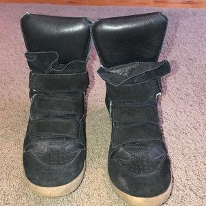 Steven cool black sneaker wedge with Velcro